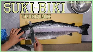 How to descale salmon/ Chapter1@Tokyo Sushi Academy English Course / 東京すしアカデミー英語コース