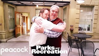 Parks and Recreation - Behind the Scenes: Jim O'Heir Set Tour, Part 1 (Digital Exclusive)