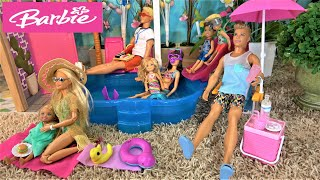 Barbie and Ken Going to Skipper's Pool Party, Barbie Sister Chelsea Playing in the Pool with Friends