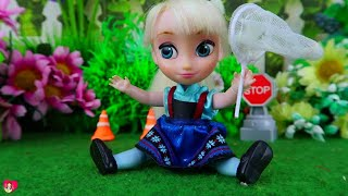 A NAUGHTY DAY FOR ELSA | Luna's Toys
