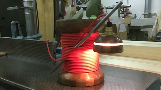 Trådrulle Lampa | Needle and Spool Lamp | Woodturning