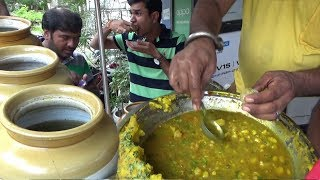 Ahmedabadi People Enjoying Panipuri with 4 Water Flavours |  Best Street Food India